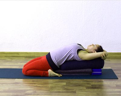 Yoga Restaurativo Madrid. Árati, un espacio abierto para el Corazon.